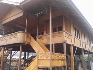 rumah_kayu