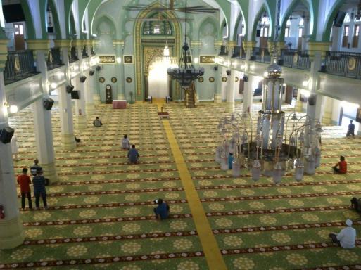 interior masjid